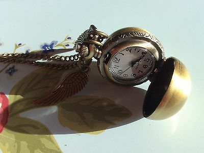 Quirky Women's Harry Potter Snitch Watch Necklace Pendant Ladies Xmas Wings