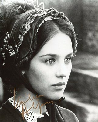 AUTOGRAPHE SUR PHOTO 20 x 25 de Isabelle ADJANI (signed in person)