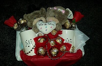 Mr & Mrs Wedding Valentine Hamper Gift Box Bride And Groom