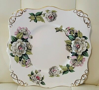 "Tuscan Fine English Bone China ""Gardenia"" plate Made in England"