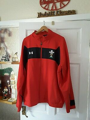 Wales Red Player Issued Jacket Size 2Xl