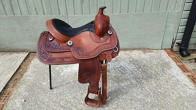 Royal King series Western saddle