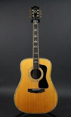 GUILD D-100 Natural w/hard case Free shipping Guiter Bass From JAPAN #L36