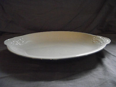 """Pfaltzgraff Weir in Your Kitchen Chicory Blue 15"""" Deep Oval Platter"""