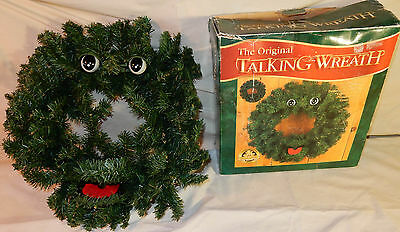 """18"""" Singing Talking Wreath Christmas Gemmy Motion Activated Musical AS-IS"""