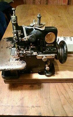 Very Rare Small Vintage Singer Sewing Machine (industrial?)