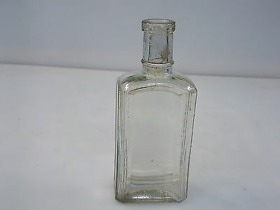 Vintage medicineBottle PORTERS PAIN KING clear glass