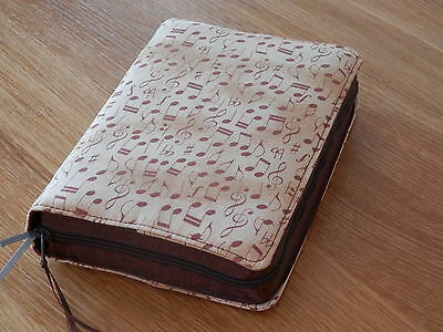 New World Translation 2013 Zipped Fabric Bible Cover - Music