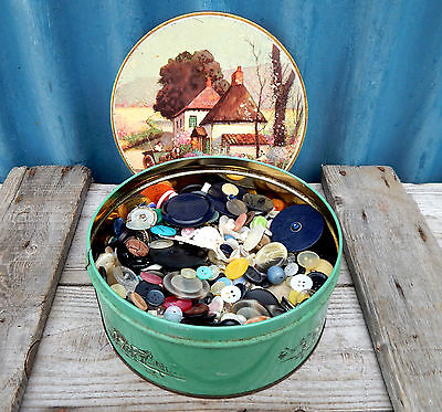 Gorgeous Vintage Grandmothers Tin of Old Buttons & Other Sewing Bits - 920g