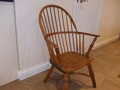 Antique 19Th C Yew And Beech Wood  Windsor Chair