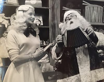 Santa Plays For MARY HARTLINE, Star Of SUPER CIRCUS. Autographed To Buyer