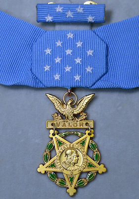 Cased US WW2 Congressional Order, Army medal of honor Rare!!  New Year Sale