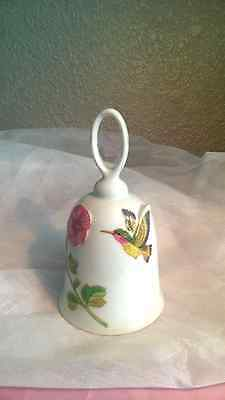 """J.S.N.Y. Taiwan White Porcelain Bell With Flower & Hummingbird, 5 1/4"""""""