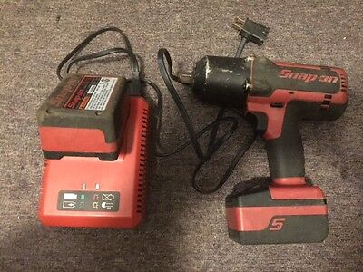 SNAP ON CT7850 1/2'' Impact Wrench w/ 2 batteries & 1 Charger Item# 5587