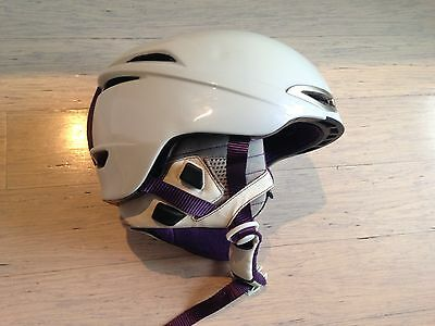"""Brand new Red ladies """"Drift"""" skiing/snowboarding safety helmet, size small"""