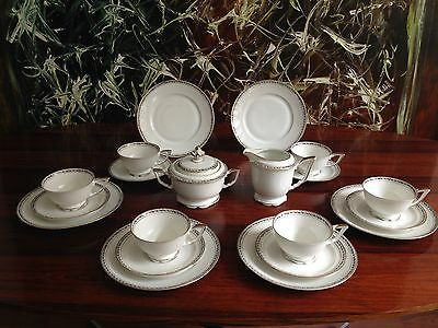 WEIMAR Regina 20 pc Tea service for 6 persons White with Ivy vine / Gold