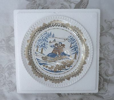 Spode christmas pastimes plate no 4 1985 Tobogganing Boxed New