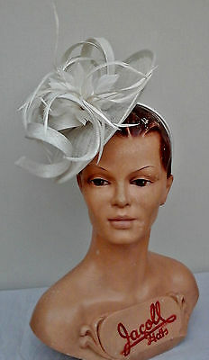 Ladies Whiteley/Maddox, White Fascinator, Wedding/Races/Mother of the Bride