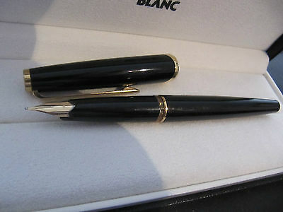 Montblanc Meisterstück cartridge fountain pen nr 121 with 750 gold nib