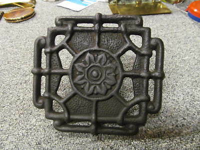 Adjustable Trivet Cast Iron Fireplace Grate Hearth Antique c.1888 5.8in