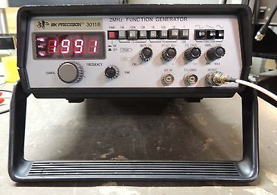 BK B&K 3011B 2MHz Function generator with frequency display. Tested & working,
