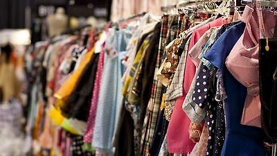 70 piece Women's Wholesale Clothing Lot Assorted Resale, Bulk,Clothes Mix Season