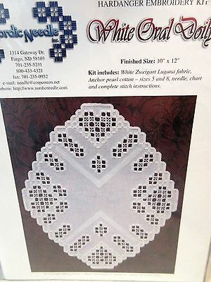 Nordic Needle WHITE OVAL DOILY Pattern