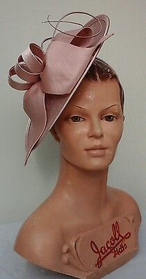 Ladies Whiteley/Maddox Headpiece in Cameo Wedding/Races/Mother of the Bride.