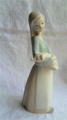 Lladro Girl Holding A Piglet Retired Figurine 2002