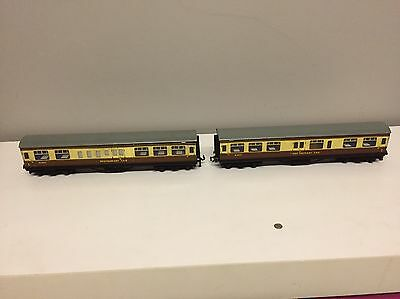 Two Hornby Dublo 00 Restaurant car Carriages