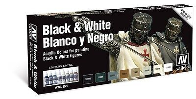 Vallejo Black & White Paint Set 8 x 17ml Bottles VAL70151
