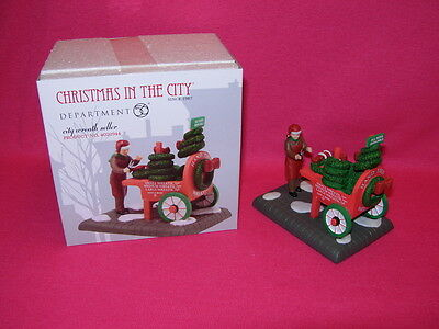 Department 56 CITY WREATH SELLER Christmas in the City 4020944