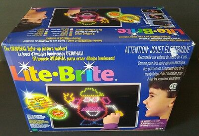 Hasbro Lite-Brite 1998 With Box Pegs Papers Works Great Tons Colored Peg Classic