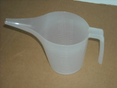 2 Batter Mixing Pouring Measuring Cup Funnel Pitcher 28 oz