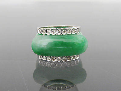 Vintage 18K WG Diamond Natural Emerald Green Jadeite Jade Saddle Ring Size 7