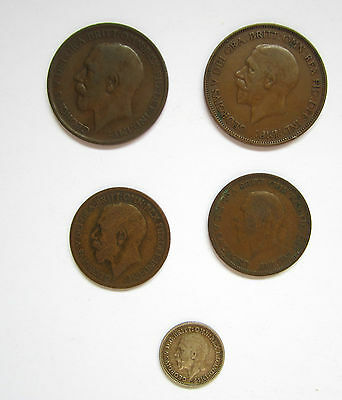 Small set of 5 George V coins: 2 x penny, 2 x halfpenny, 1 silver threepence