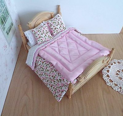 Miniature 1/12th scale dolls house BEDDING SET double bed  PINK Eiderdown