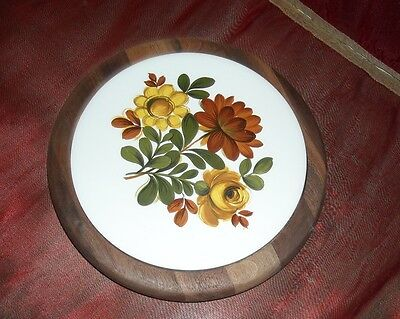 Trivet Giftware Ceramic and Wood Plate  Heirloom for Hot Dishes Decor
