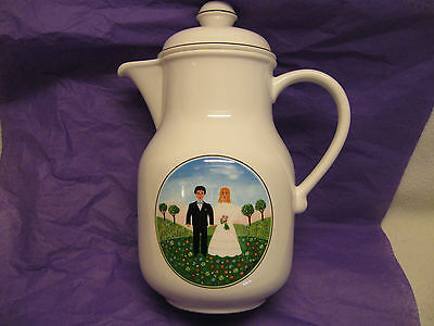 """Villeroy and Boch Naif Wedding 9"""" Coffee Pot in Near Mint Condition"""