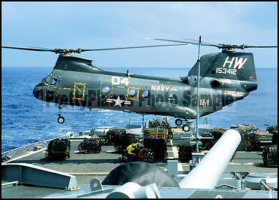 USN CH-46 Sea Knight HC-6 USS Iowa 1984 5x7Aircraft Plane Photo