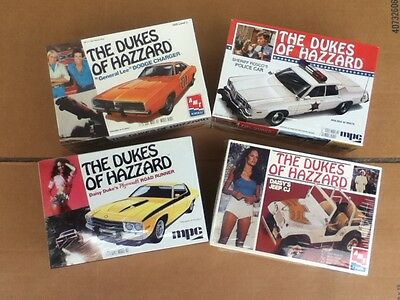 Dukes Of Hazzard General Lee Daisy Rosco Model Kit 1/25 Scale Lot Of 4 Sealed!!!