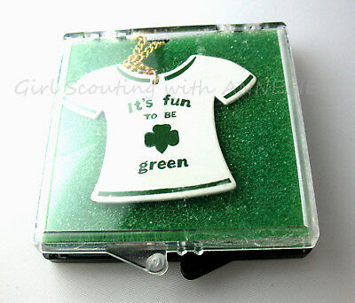 """NECKLACE Girl Scout T-Shirt """"It's Fun to be Green"""" Collector's Gift NEW in BOX"""