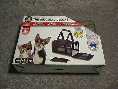 Sherpa 55540 Original Deluxe Pet Carrier, Small, Gray **NEW**