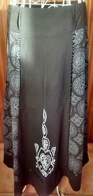 Meccie Unusual  Grey/black Long Skirt Size L 12/14
