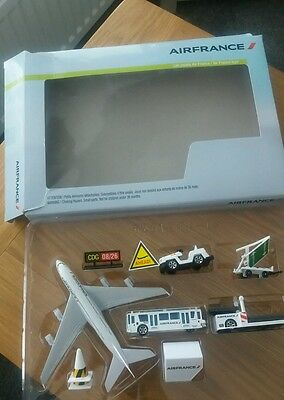 Air France Model Plane and Airport Play Set with Airbus A380