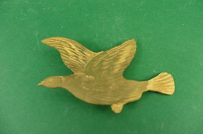 Antique gilt metal red grouse cap badge - moorland grouse moor C19