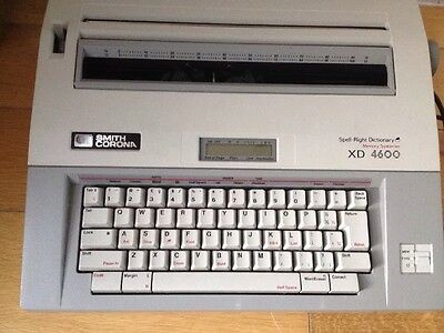 Smith Corona XD4600 Spell-Right Memory Typewriter 1980s - Great Condition