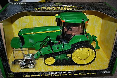 1/16 John Deere 8520T track tractor w/ chrome 1/64 by Ertl, new in box Very Nice