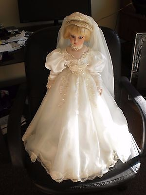 "Very beautiful  porcelain doll -21""Leonardo collection"