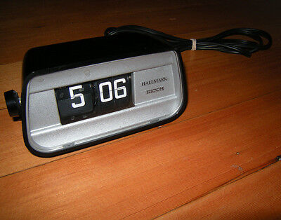 Vintage RICOH HALLMARK 3600 Mid Century Digital Electric Flip Clock RETRO Japan